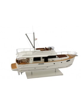 MAQUETTE SWIFT TRAWLER 44