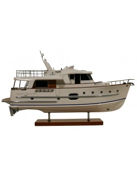 MAQUETTE SWIFT TRAWLER 52