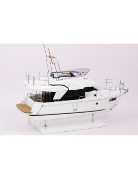 MAQUETTE SWIFT TRAWLER 35